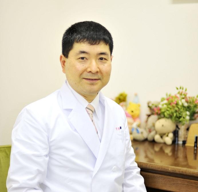 明橋先生プロフィール写真